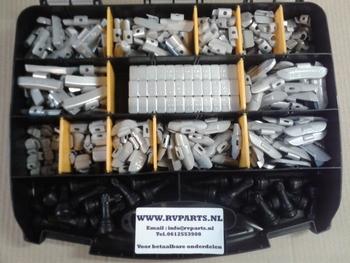 Startpakket balanceergewichten  in koffer   ( 350 delen )